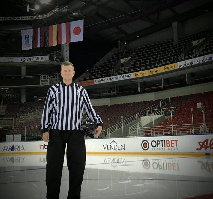 Ishockeyfan har fulgt Grumsen og Vejs på en kampdag